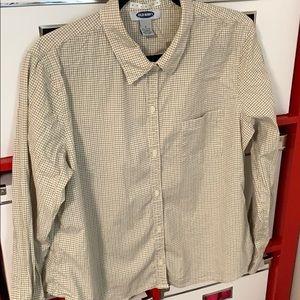 Ladies long sleeve plaid button down shirt